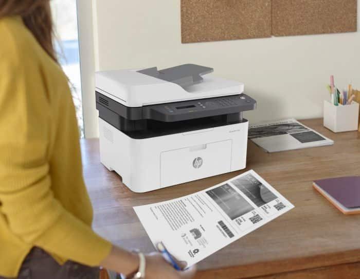 Impresoras HP Laser MFP 137fnw de oficina